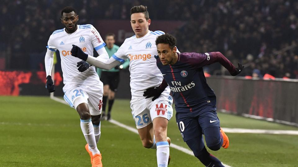 Paris Saint-Germain manager Unai Emery said there is a possibility Neymar will recover by next week, but he was more pessimistic than he had been on Sunday night.