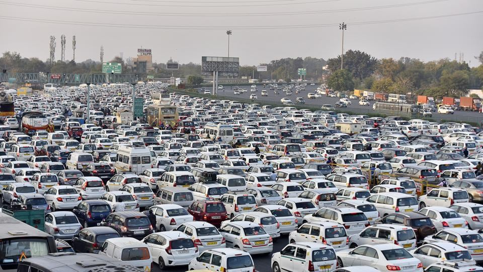 Gurgaon traffic,Sirhaul toll,NH 8