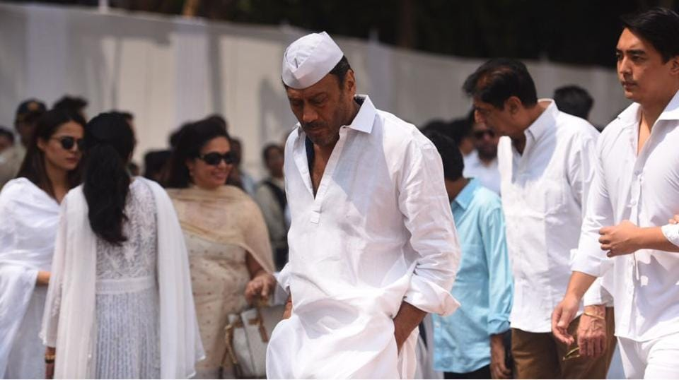 Actor Jackie Shroff arrives to pay his last respects. (Satish Bate / HT Photo)