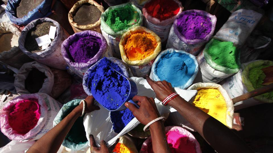 Colour manufacturers said in the absence of regulation, there is no way to control sale of hazardous chemicals.