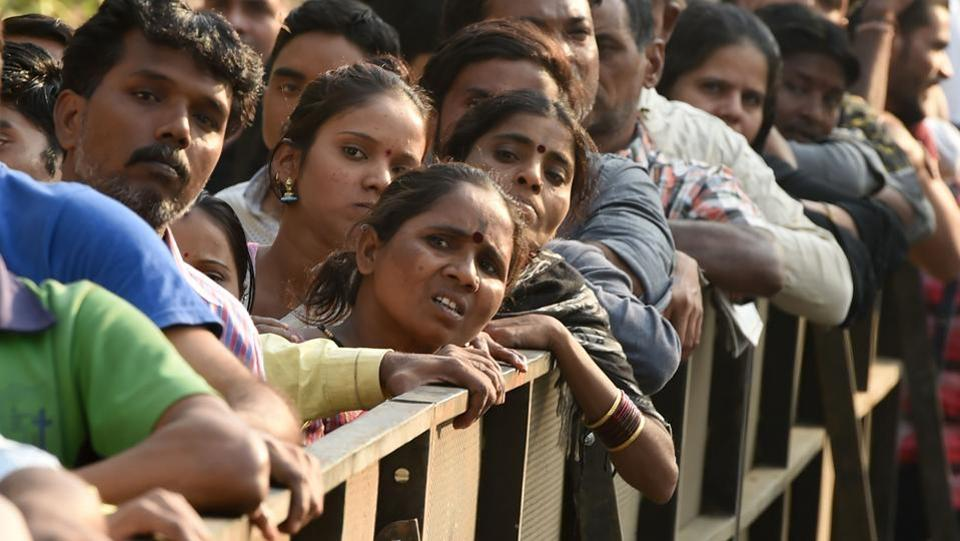 Sridevi's fans  seen queuing outside Celebrations Sports Club near her residence in Lokhandwala, where her body is kept for 'darshan' (public viewing), to pay their last respects to the Bollywood diva. (Punit Paranjpe / AFP)