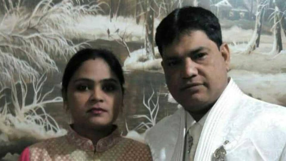 Umesh with Meenakshi. Umesh killed Meenakshi in their Bindapur flat and then surrendered to the police. He has confessed to have killed his wife.