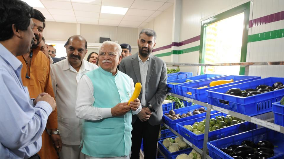 CM Khattar on Thursday inaugurated three fruit and vegetable outlets, Haryana Fresh, in sectors 46, 52 and 53