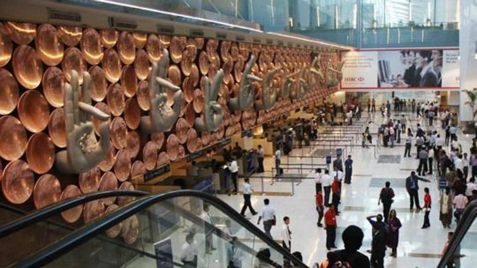 delhi airport,bullets at airport,live bullets