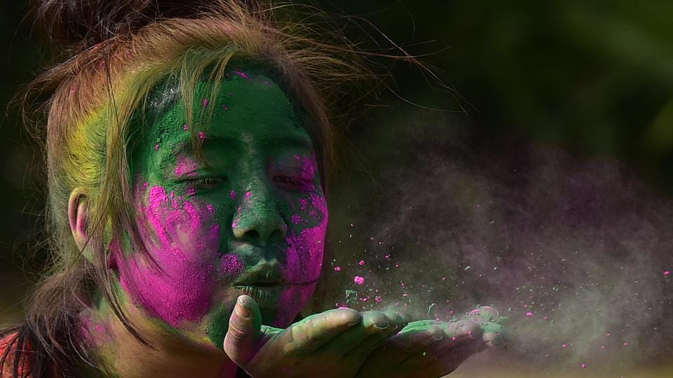 Residents are concerned about ill-effects of chemical colours on their skin.