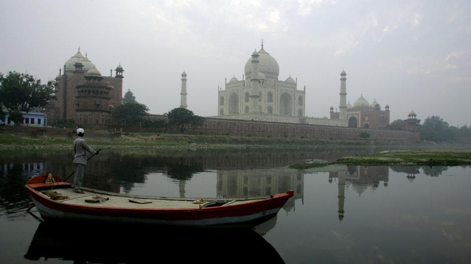 Hyper-personalised vacations,Taj Mahal,Sistine Chapel