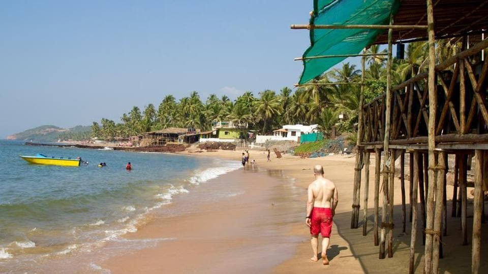 Manohar Ajgaonkar asked policeto keep a tight vigilalong the beaches and crack down on activities which violate the law and bring disreputeto the coastal state.