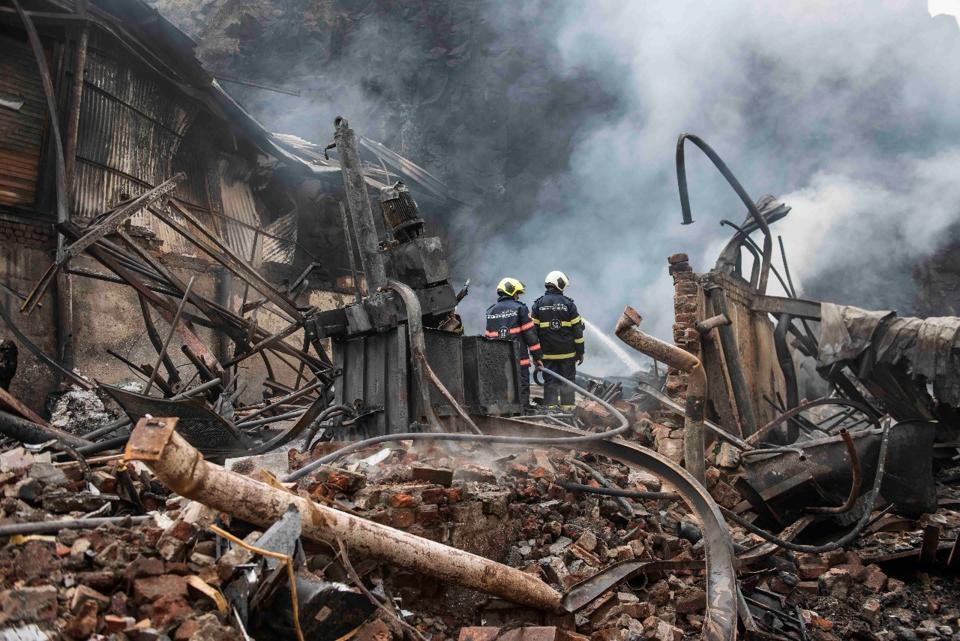 Mumbai,Mumbai fire,Ghatkopar