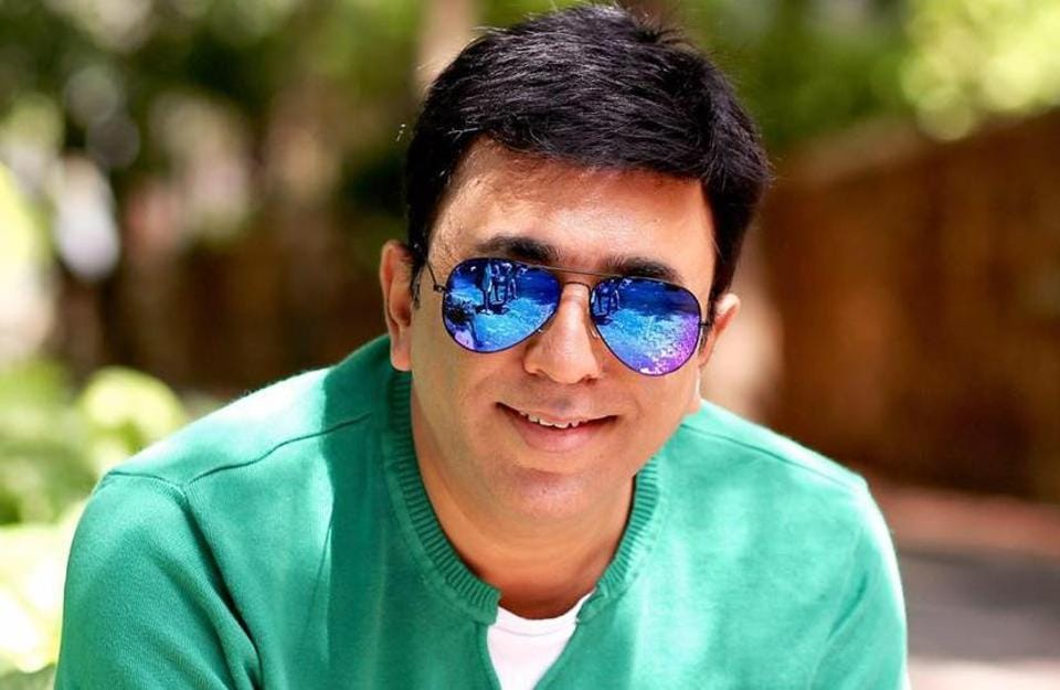 Pushkar Shrotri needs no introduction for his acting skills and with his directorial debut last year, he proved his mettle as a film-maker too