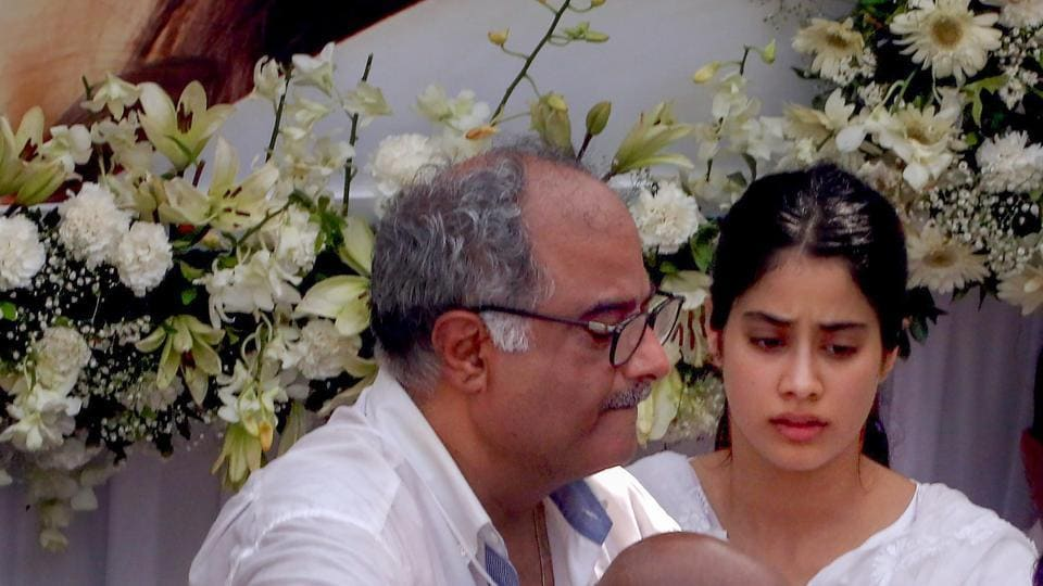 Boney Kapoor with daughter Janhvi during Sridevi's last rites.