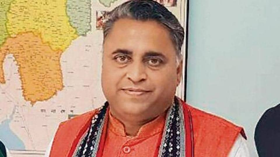 BJP's Tripura in charge, SunilDeodhar, said over the past four years, 52 ministers came at various times to hold routine meetings. This showed the seriousness with which the part contested polls.