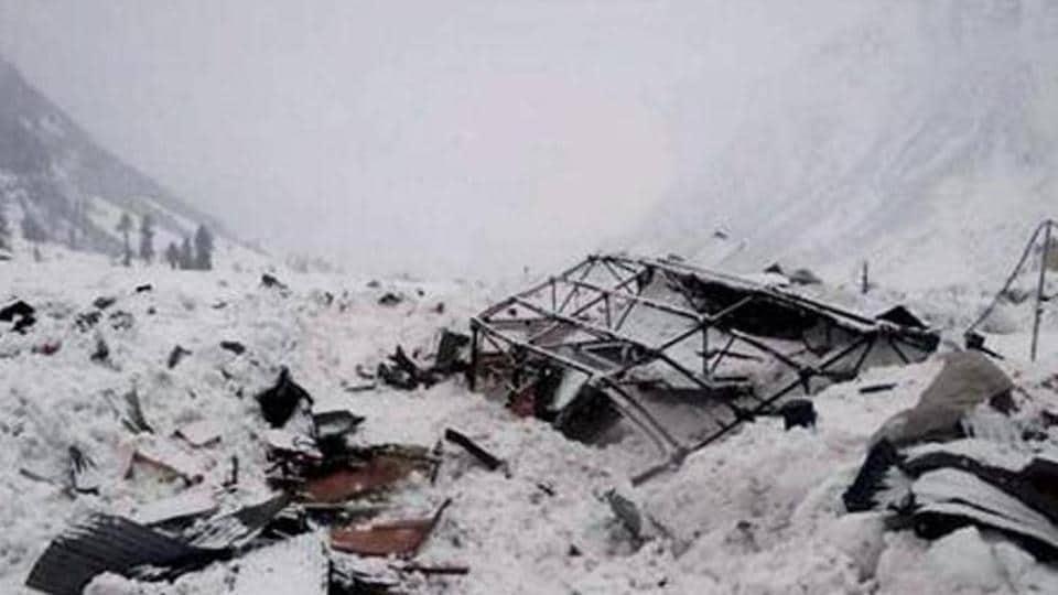 Kashmir avalanche,Avalanche,north Kashmir
