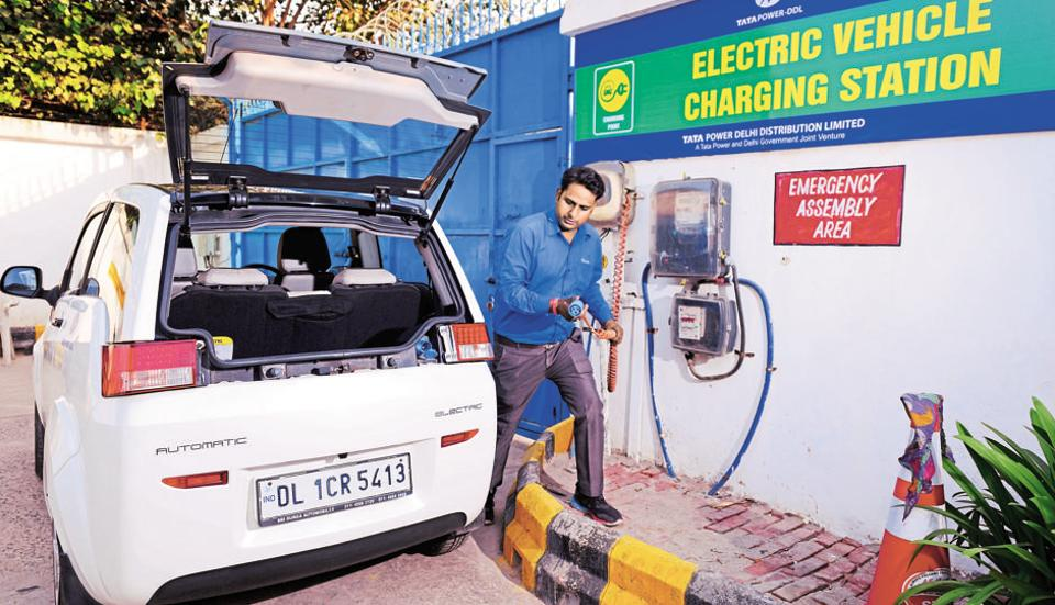 Ndmc Sdmc Electric Cars Free For All Vehicle Charging Station