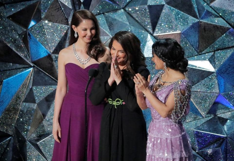 Ashley Judd, Annabella Sciorra and Salma Hayek at the 90th Academy Awards.