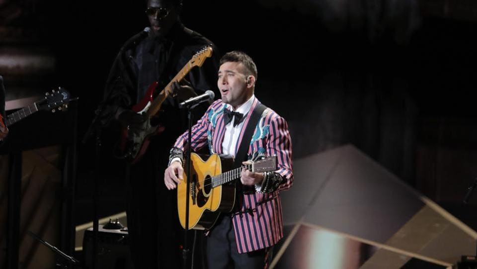 Sufjan Stevens performs Mystery of Love from Call Me by Your Name at the Oscars. (Lucas Jackson / REUTERS)