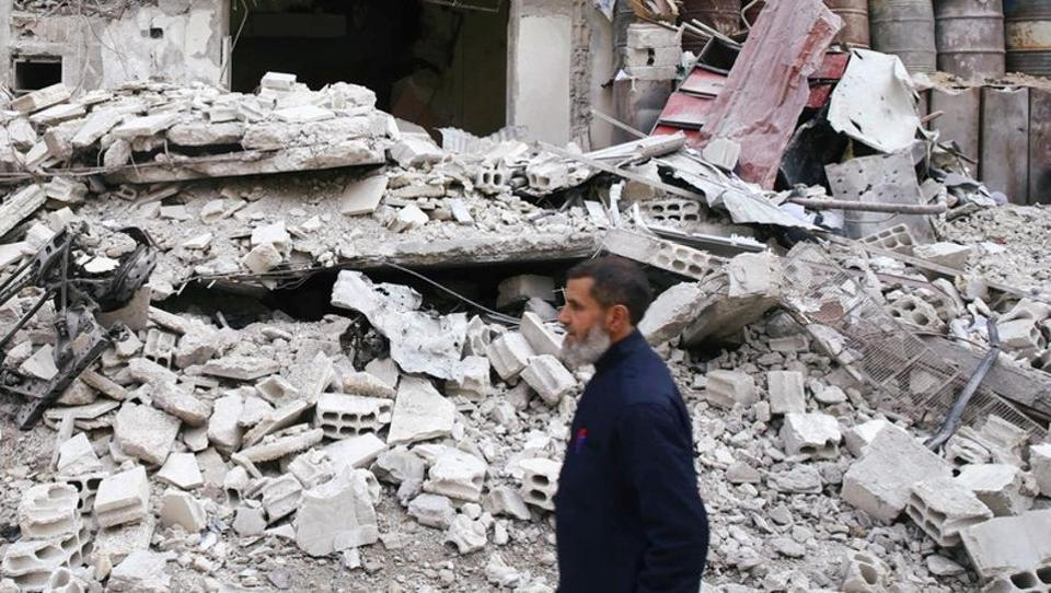 Regime strikes kill 38 civilians in Syria's eastern Ghouta