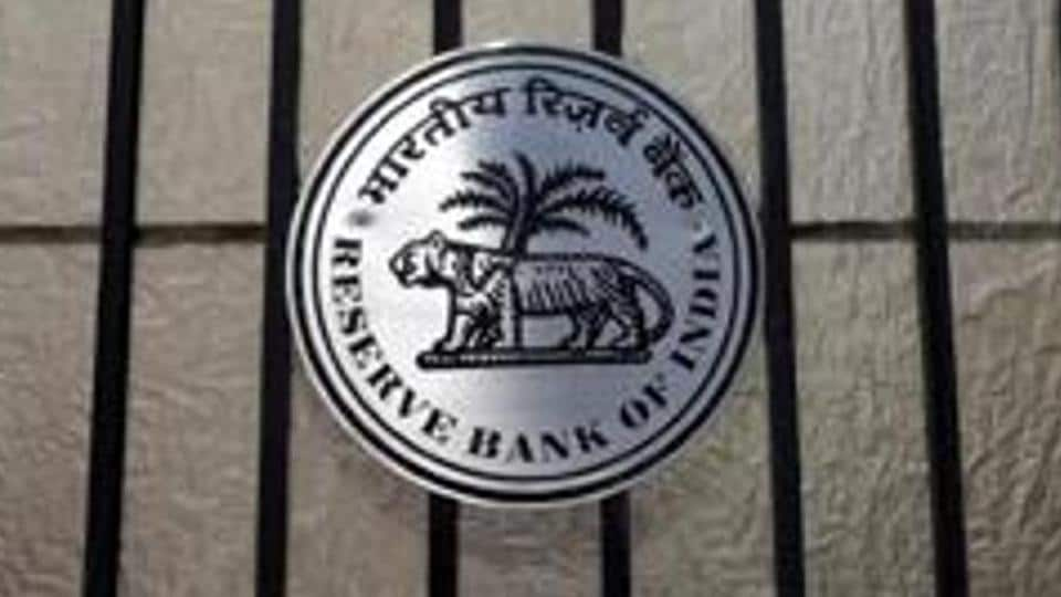 RBI slaps Rs 40 lakh penalty on State Bank of India