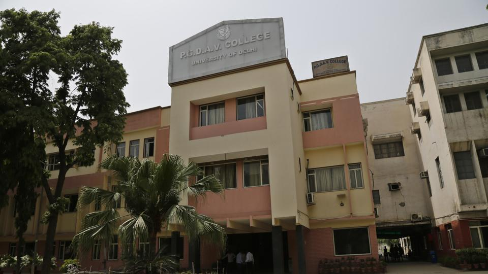 Delhi University has set up a committee to coordinate with the National Green Tribunal (NGT) and other statutory authorities for installing of rainwater harvesting system in the university and its colleges