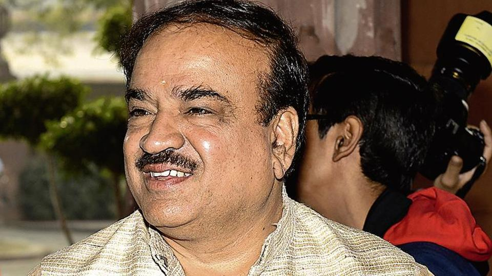 Parliamentary affairs minister Ananth Kumar said every regional party tries to raise issues relating to their state. The real issue is the Congress' refusal to let the House function and debate banking irregularities.