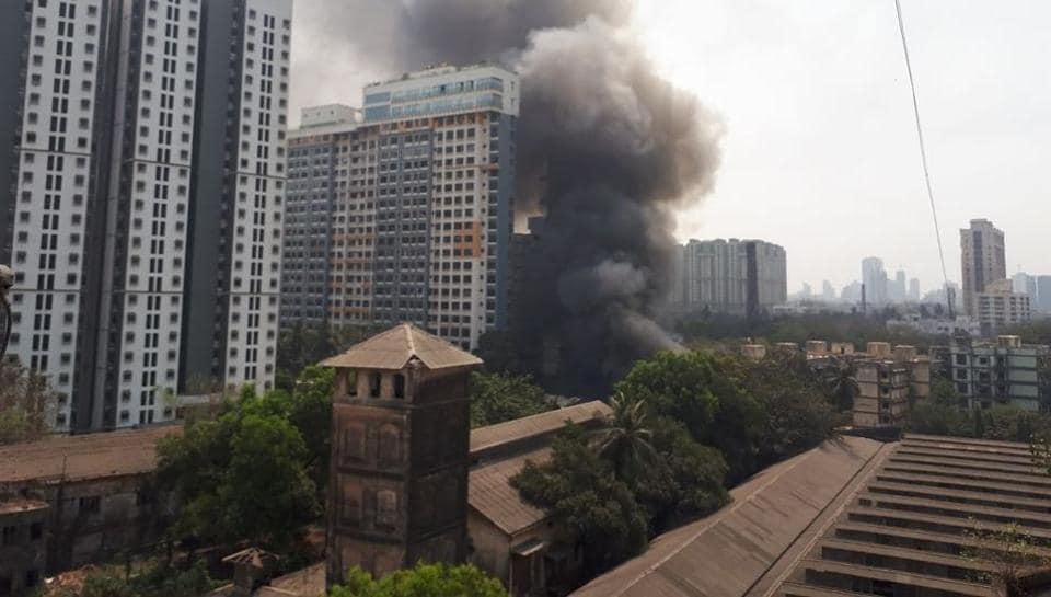 Mumbai,godown,Fire in Mumbai