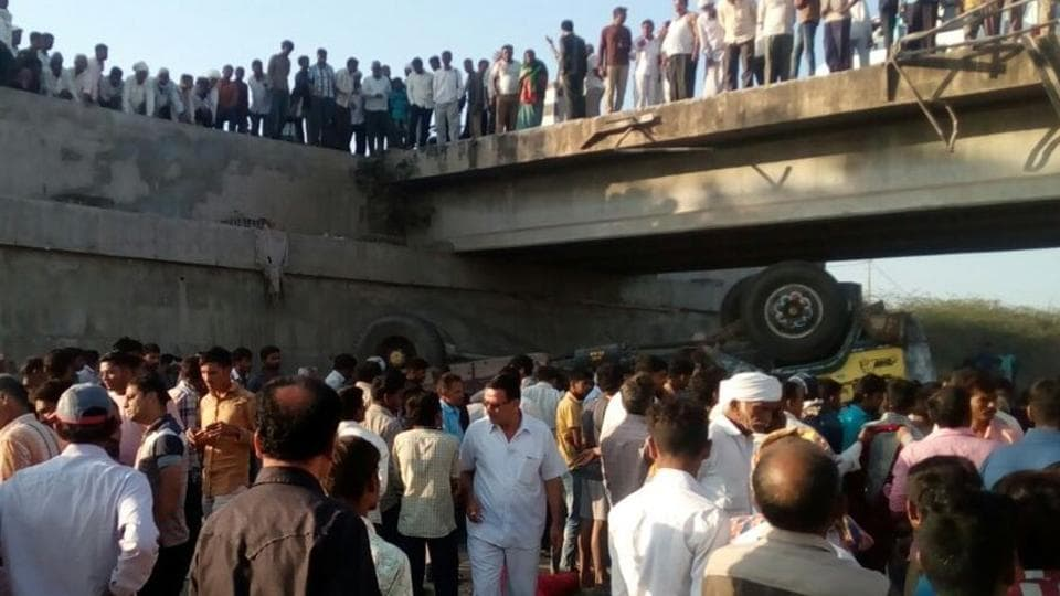 The accident occurred at Ranghona village in Bhavnagar district of Gujarat.