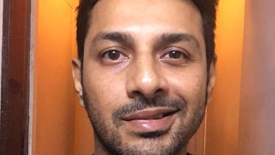 Apurva Asrani says that he is making daily progress.