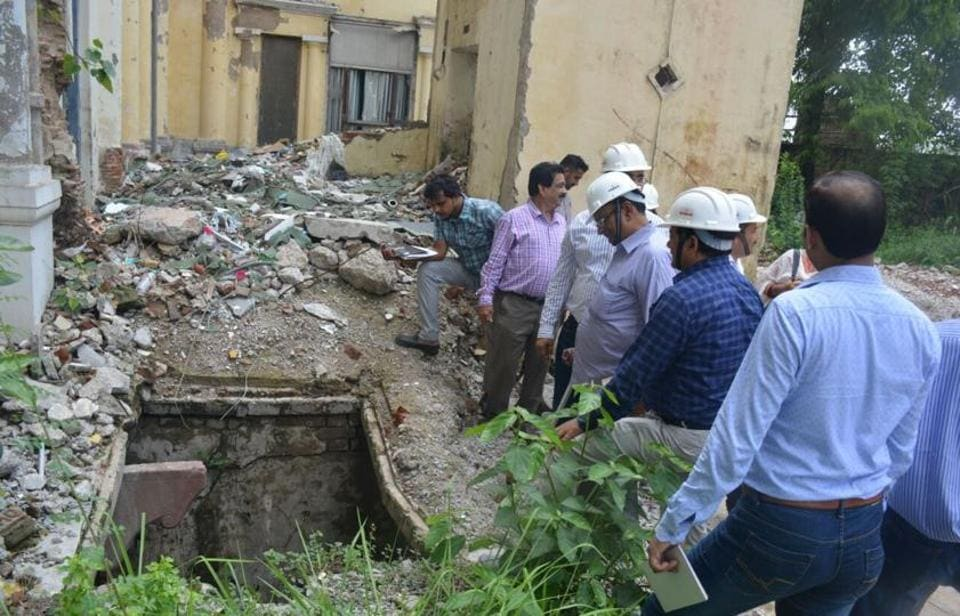 Excavation in progress at Chhatar Manzil in Lucknow.