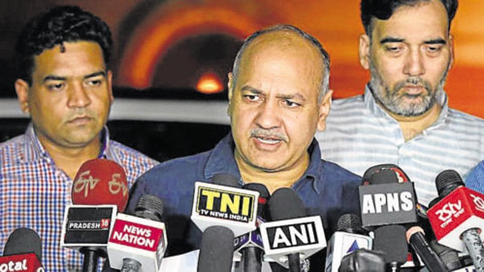 Manish Sisodia said that if Metro phase 4 is implemented with the currently proposed routes, then fares will have to be increased exponentially.