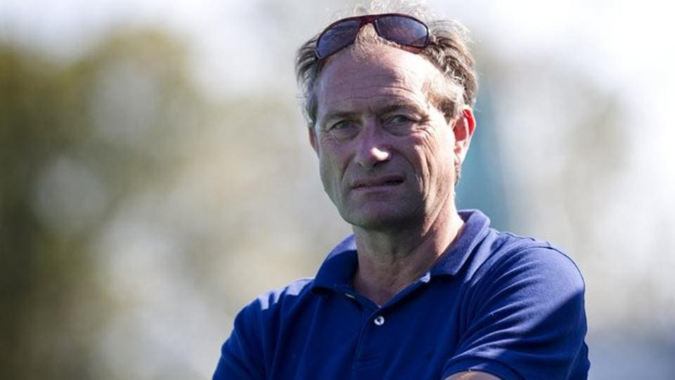 Roelant Oltmans' return to Pakistan as chief coach of the men's hockey team will be his second spell in the country, having coached them in 2003-04 up to the Athens Olympics where they finished fifth.
