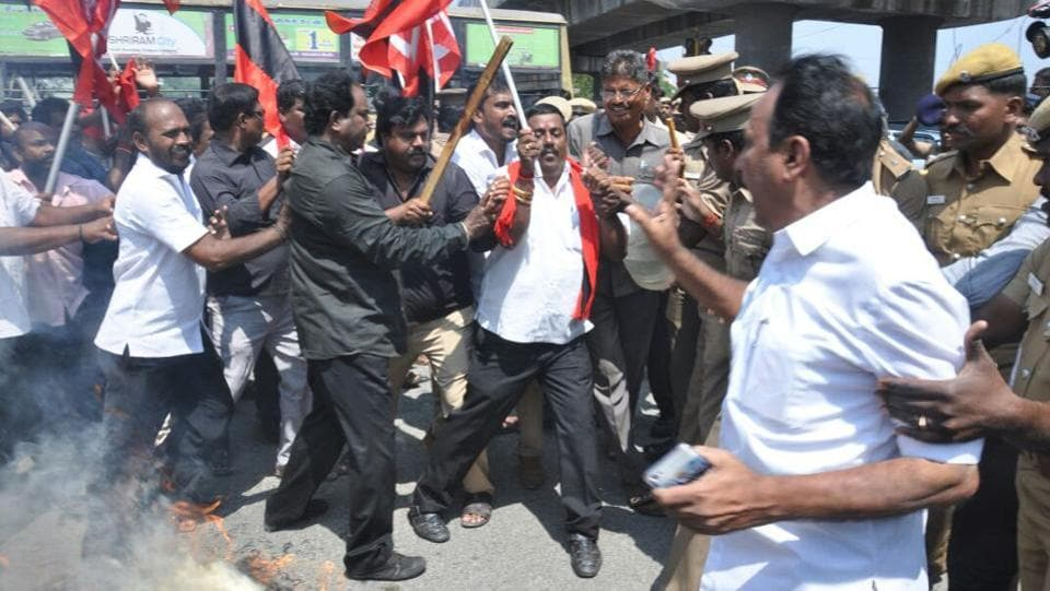 DMK activists protest against H Raja at Mount Road in Chennai on Wednesday. Senior BJP leader from Tamil Nadu H Raja issued an apology for his remarks on social reformer EVR Ramasamy, popularly known as Periyar, on Facebook and said that the comment that sparked a controversy in the state was posted by an administrator without his permission. (Francis Mascarenhas / REUTERS)