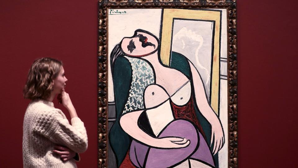 look at pablo picasso's girl in Explore rick hurst art's board pablo picasso on pablo picasso - girl on a these 53 colorized photos will change the way you look at history \ pablo picasso.