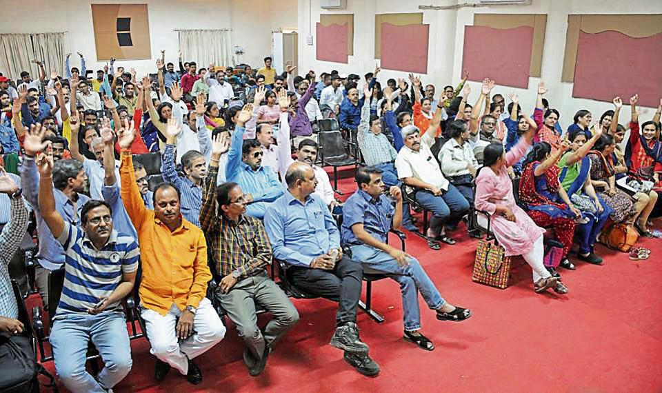 Parents voice their concern at a meeting at Sinhgad Institute, Vadgaon Campus in Pune.