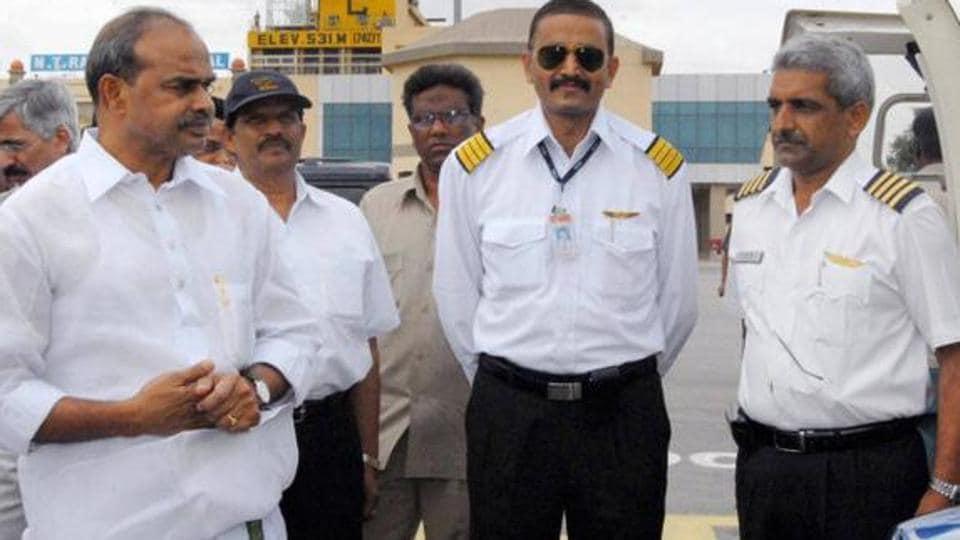Mahi Raghav,Anand Brahma,Andhra Pradesh chief minister YS Rajasekhar Reddy