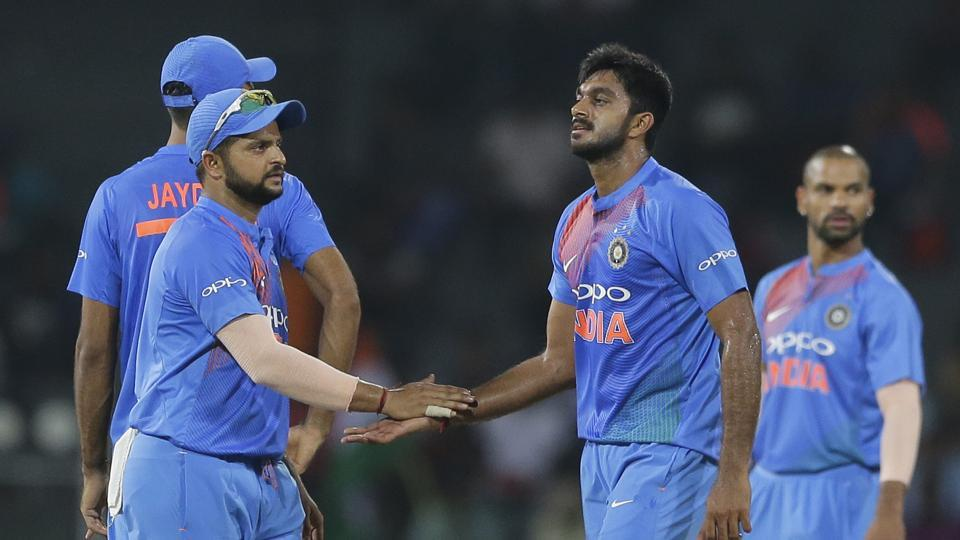 Vijay Shankar took the wickets of Rahim and Mahmudullah to leave Bangladesh in all sorts of trouble.  (AP)