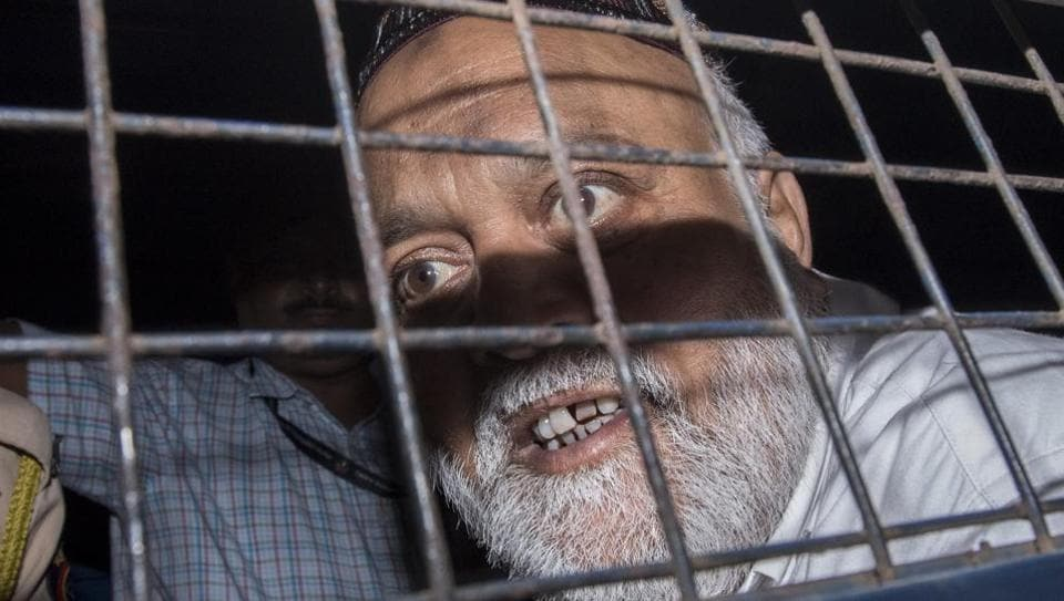 Farooq Takla, Dawood Ibrahim's aide, was produced at a Mumbai court on Thursday.
