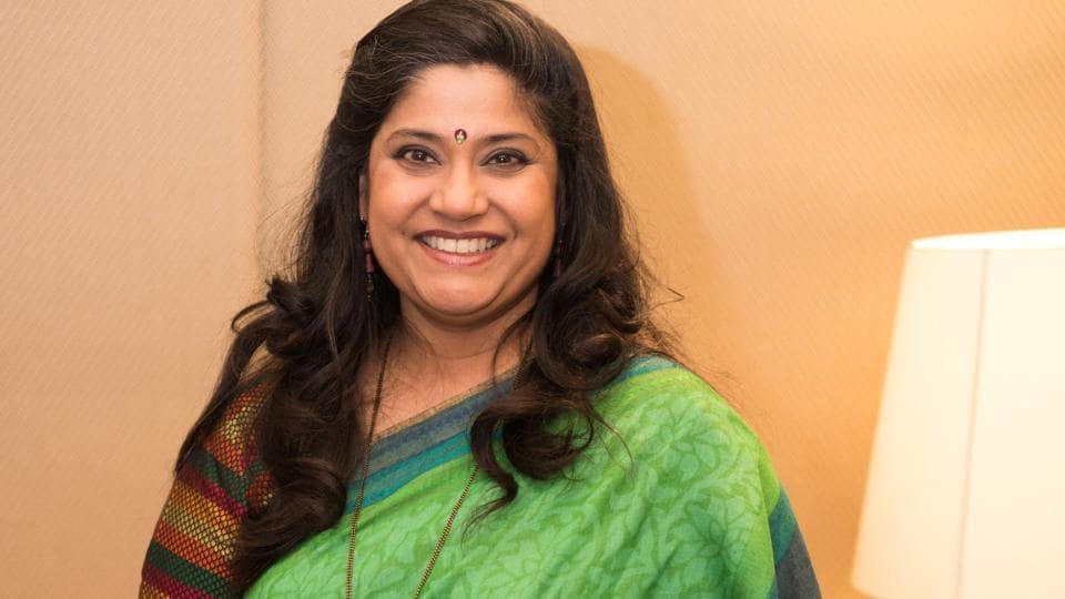 Renuka Shahne,3 Storeys,Hum Aapke Hain Koun