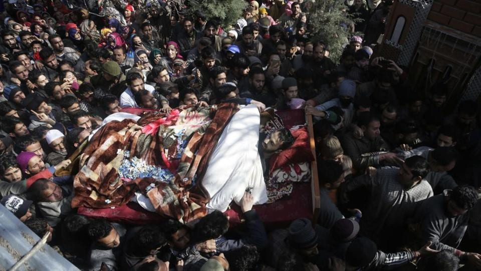 Villagers shout slogans as they carry the body of a civilian Suhail Ahmad during his funeral at Pinjura village, Srinagar on March 5, 2018. Over a dozen protests erupted across Kashmir on Monday, as tens of thousands of protesters poured into the streets after soldiers killed four civilians and two suspected militants. (Mukhtar Khan / AP)