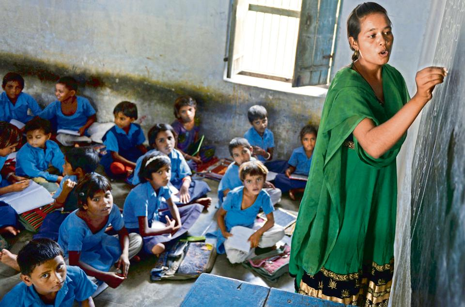 The RTE norms states that 25% of seats in schools should be reserved for children from impoverished families.