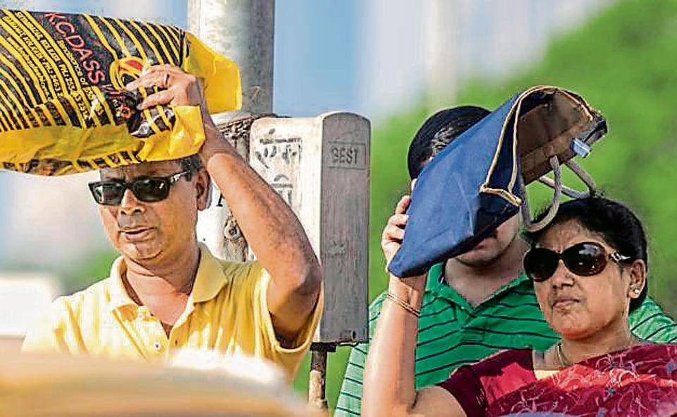 he city recorded a five degrees Celsius rise in day temperatures from Saturday, with the mercury reaching almost six degrees Celsius above normal on Sunday.