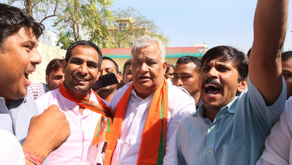 Lalsot MLA Kirori Lal Meena being cheered by supporters after he joined BJP.