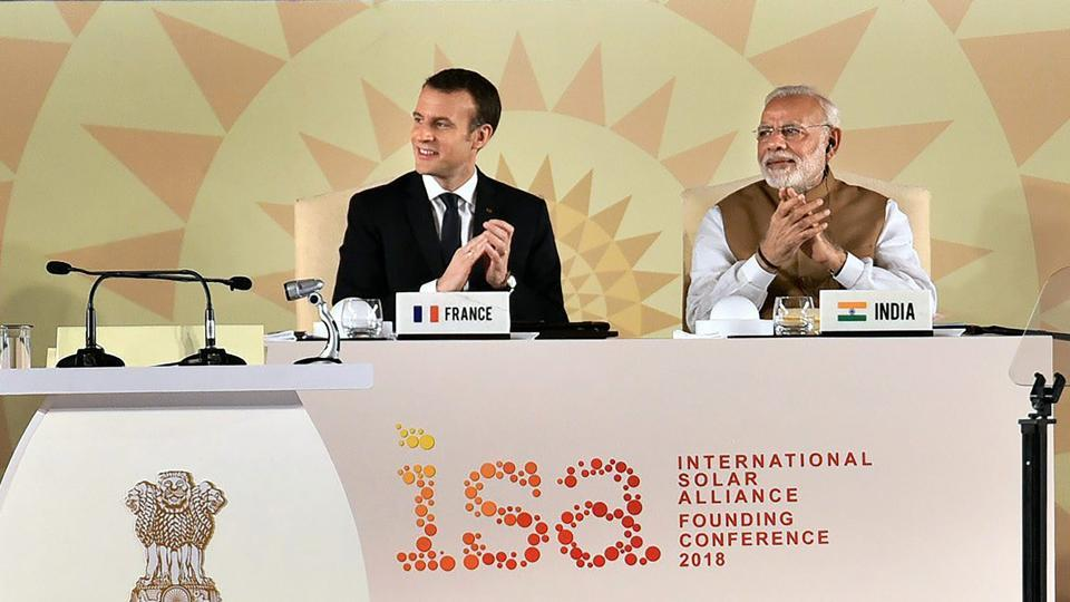 India, France vow to strengthen defence, energy ties