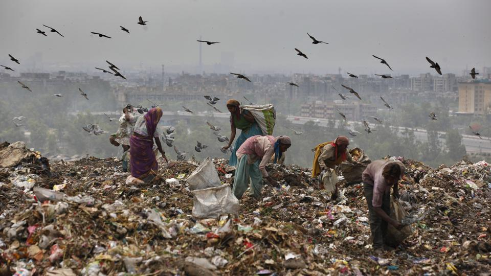 Of the 3,500 tonnes of waste collected from south Delhi everyday, the civic agency  dumped around 1,200 tonnes at the Okhla landfill. The site was declared as exhausted way back in 2010.