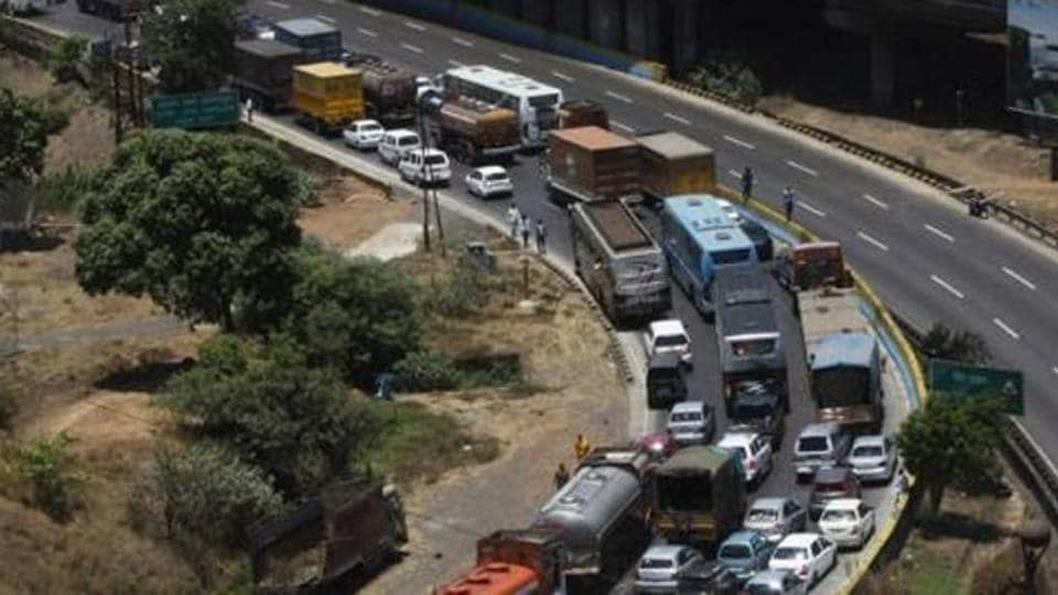 mumbai news,maharashtra highway,speed guns
