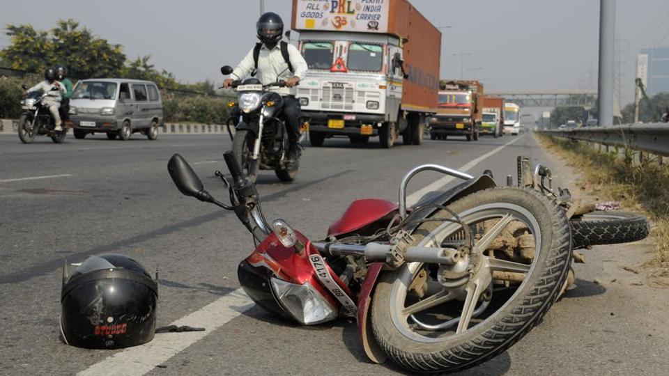 Mumbai news,hit and run,truck