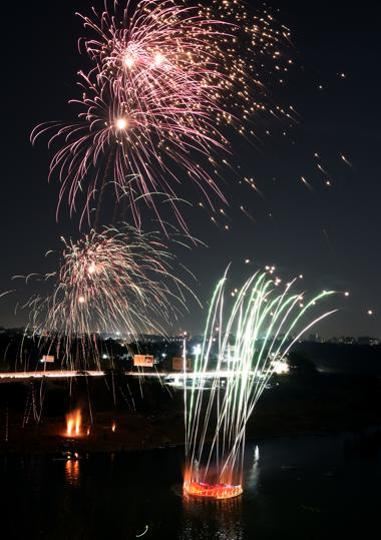 The lighting and firework displayed by the students looked spectacular, as darkness set in. (HT PHOTO )