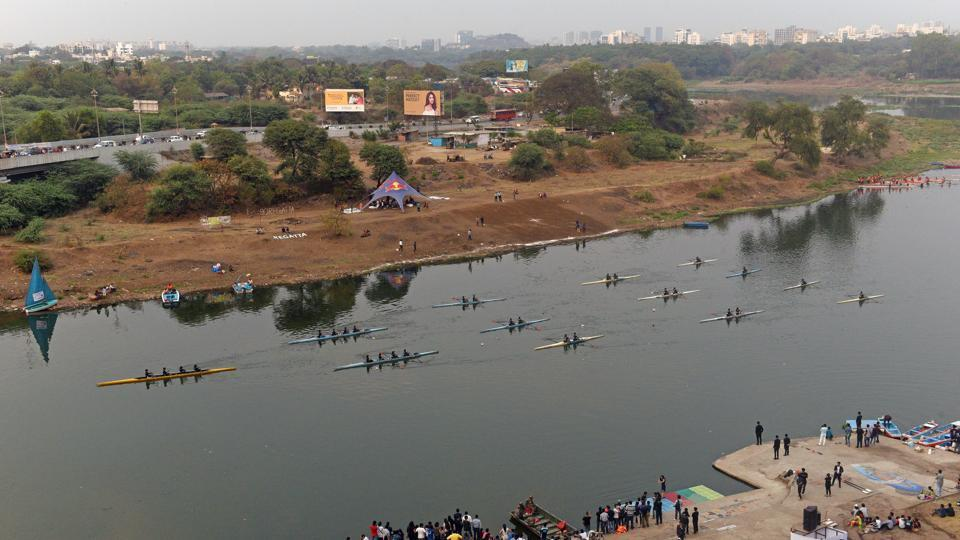 Students of COEP display shell games during 90th Regatta at Boat Club in Pune.   (Pratham Gokhale/HT Photo)