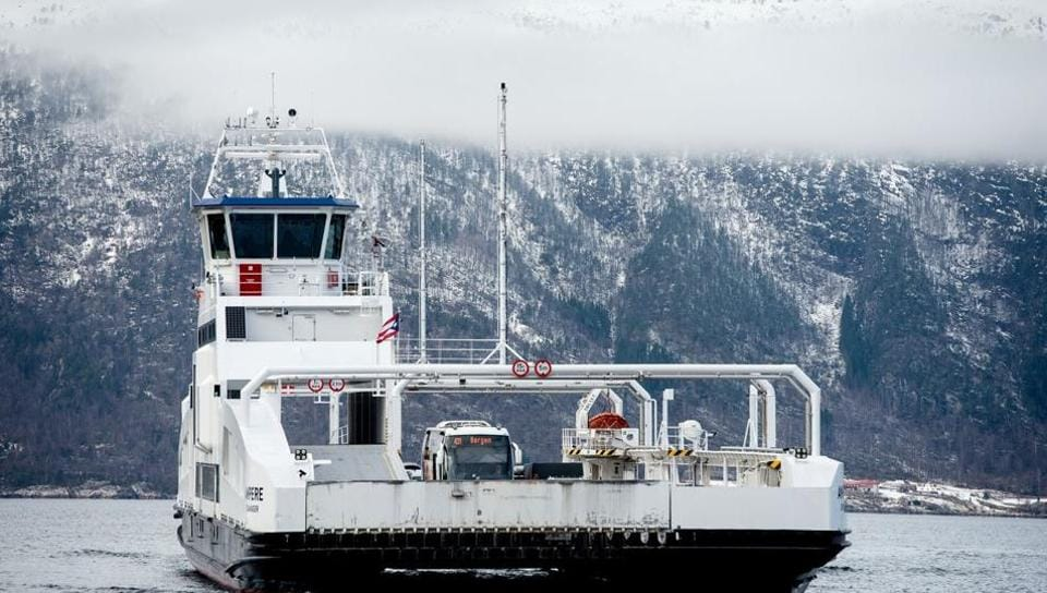 The first zero-emissions ferry, called the MF Ampere, started sailing between the villages of Oppedal and Lavik along the Sognefjord in 2015.
