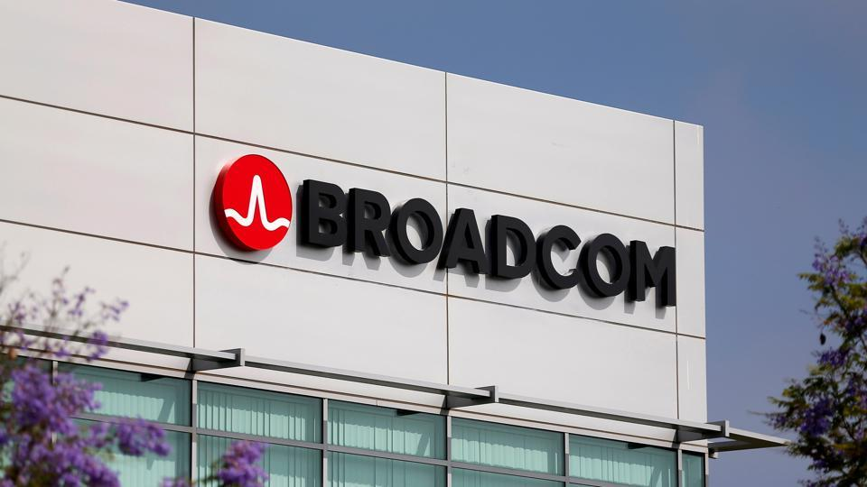 Trump Blocks Broadcom,Trump Broadcom,Broadcom