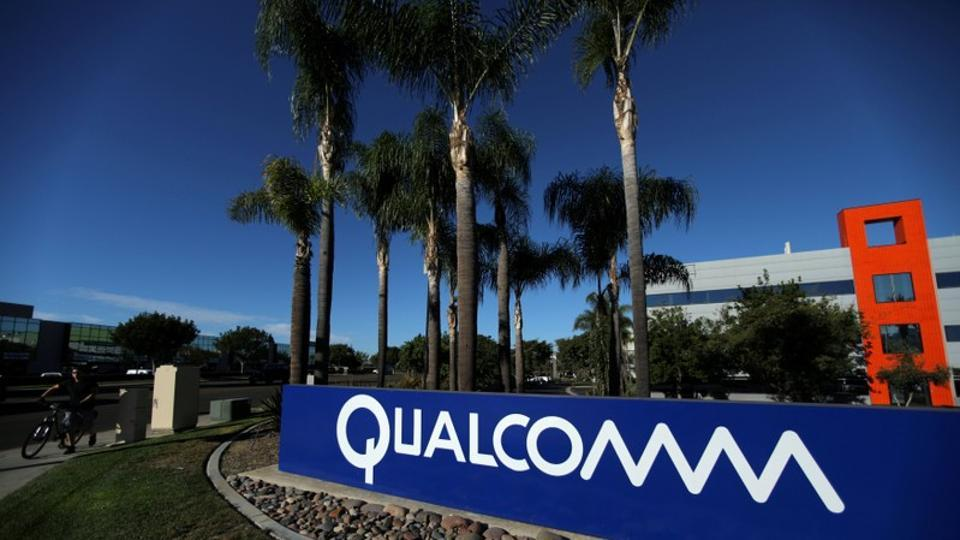 Trump Blocks Broadcom's Bid for Qualcomm Over National Security Concerns