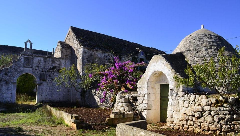 An abandoned trullo and farm in the Valle d'Itria, a quiet place in Puglia, Italy.